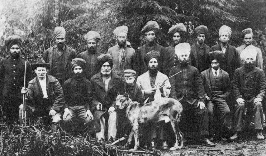 Sikh workers in the lumber industry (photo: nwcitizen.com)